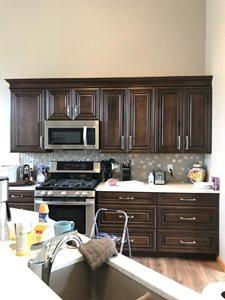 Hex-Backsplash-and-Dark-Cabinets