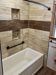 Wood-Plank-Shower